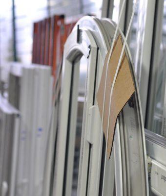 Produzione infissi in PVC - EKOWOOD
